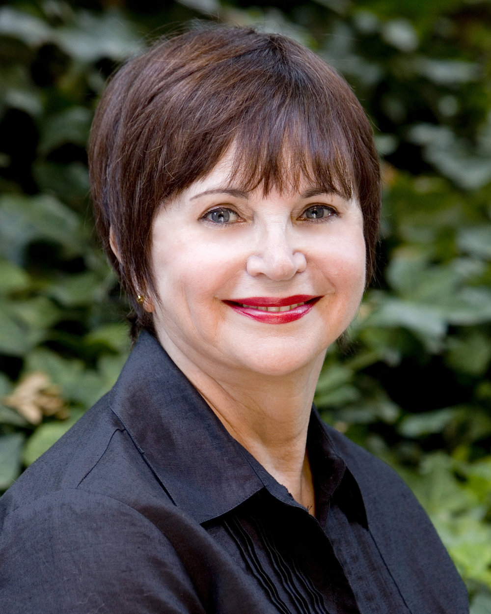 Cindy Williams from TV's Laverne & Shirley Joins the cast of Mom's Gift January 4 - 29, 2017