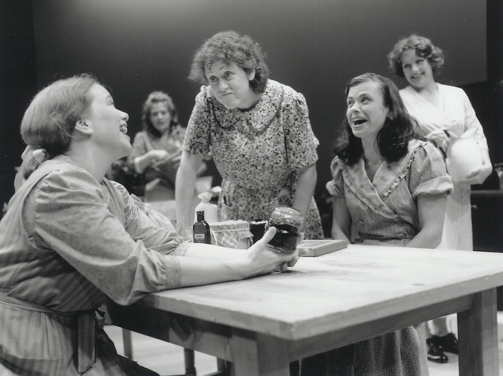 Kelly Pino, Kate Willinger, Karen Sheridan, Robin Lewis-Bedz and Michelle Mountain in Dancing at Lughnasa 2000-2001