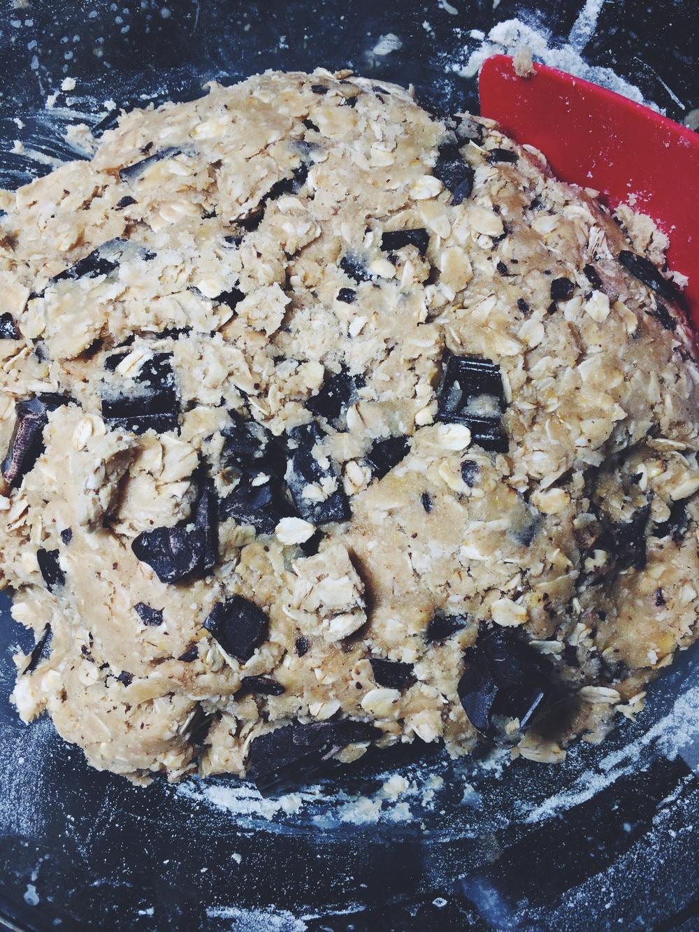 dark chocolate oatmeal cookie bar batter