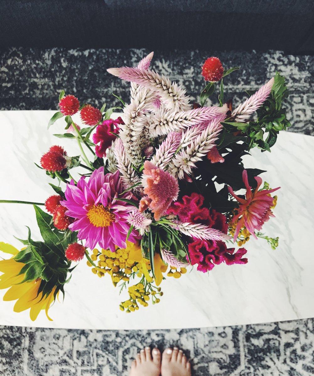 farmers_market_flowers.JPG