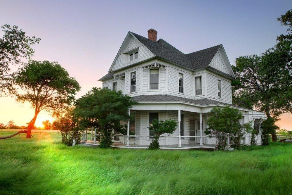 Farm House - Copy.jpg