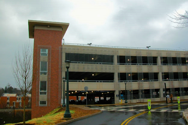 UNIVERSITY OF VIRGINIA ARTS GROUNDS PARKING GARAGE