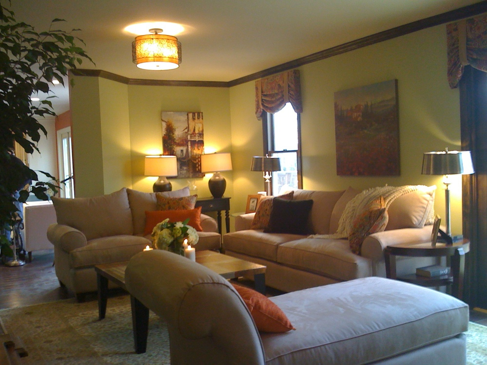 middletown_sitting room 2.jpg