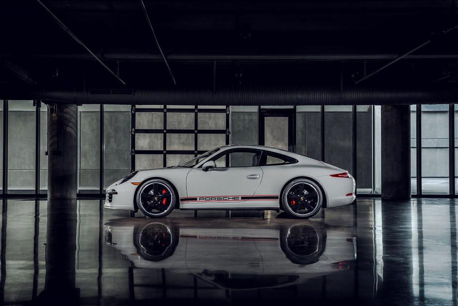 porsche-unveils-911-carrera-rennsport-reunion-edition-1.jpg