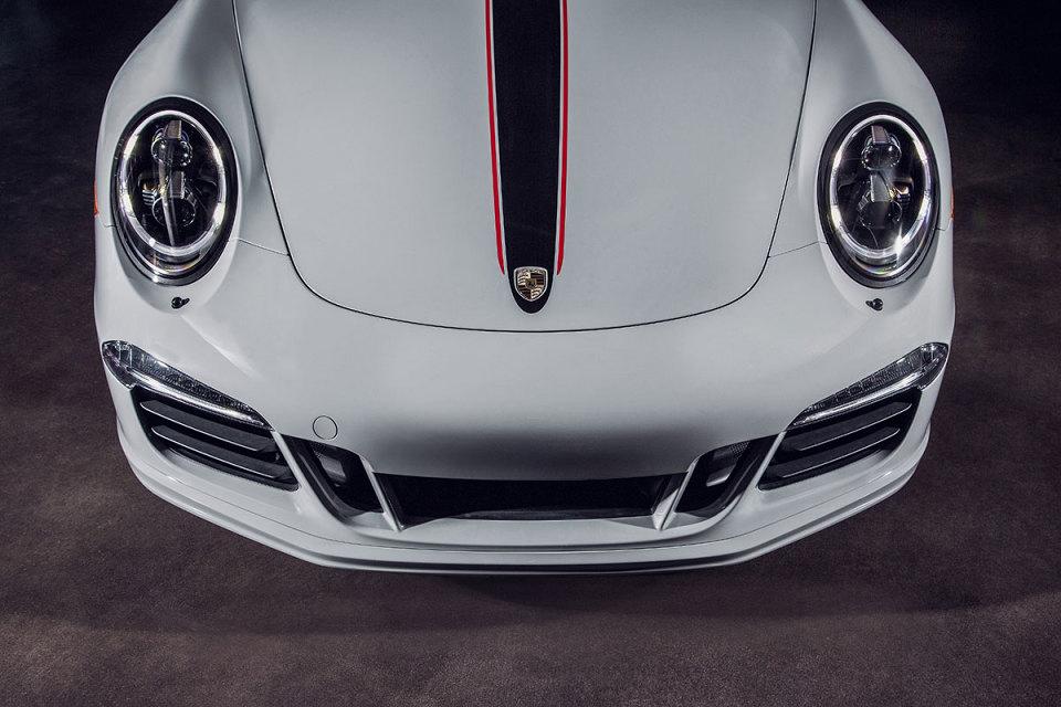 porsche-unveils-911-carrera-rennsport-reunion-edition.jpg