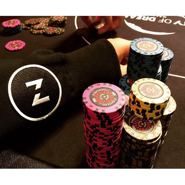 casual crusing at city of dream macau. zawa in da house.  #zawa #zawacrew #rungood #poker #fun #lifestyle #macau #LML #lovemylife