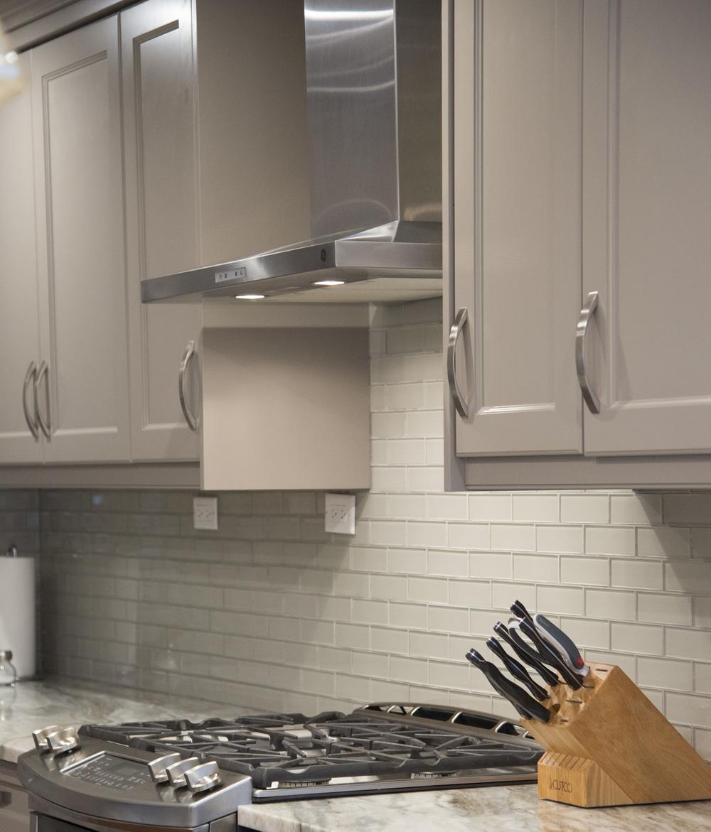 Grey_kitchen_2.jpg