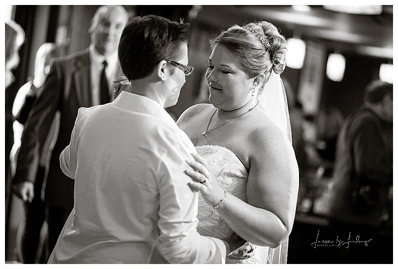 NYC_NJ_Wedding_Photographer_Asbury_Pattenburg_House_LGBT_Same_Sex_Luxe_By_Lindsay_041.jpg