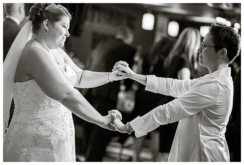 NYC_NJ_Wedding_Photographer_Asbury_Pattenburg_House_LGBT_Same_Sex_Luxe_By_Lindsay_042.jpg