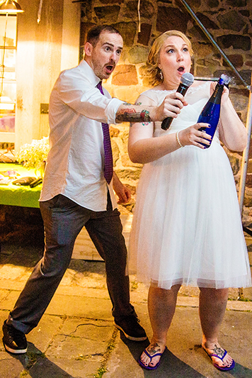 luxebylindsay-nyc_new_york_destination_wedding_photographer_fun_champagne_offbeat_wedding.jpg