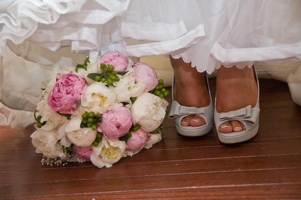 New_York_City_NYC_Destination_Wedding_Photographer_Details_Rings_Flowers_Shoes__14.jpg