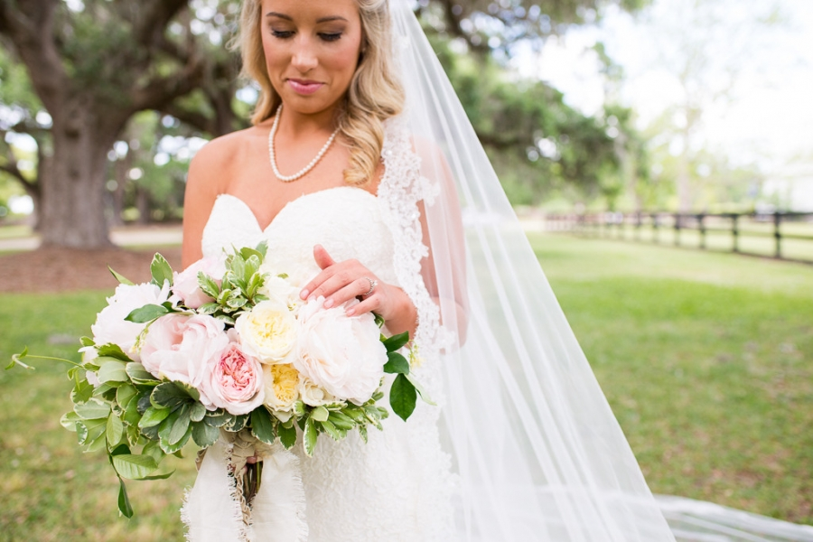 Boone-Hall-Cotton-Dock-Wedding-SabrinaFields-122-1024x683(pp_w900_h600).jpg