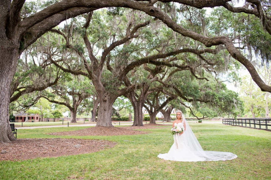 Boone-Hall-Cotton-Dock-Wedding-SabrinaFields-125-1024x683(pp_w900_h600).jpg