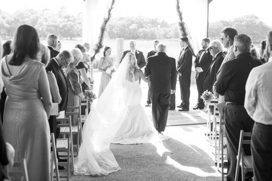 Boone-Hall-Cotton-Dock-Wedding-SabrinaFields-163-1024x683(pp_w900_h600).jpg