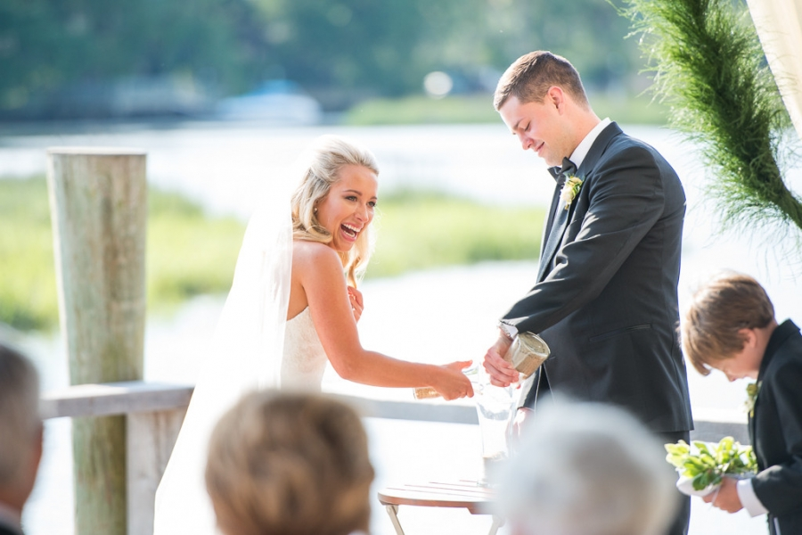 Boone-Hall-Cotton-Dock-Wedding-SabrinaFields-165-1024x683(pp_w900_h600).jpg