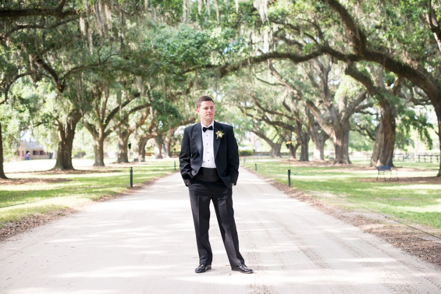 Boone-Hall-Cotton-Dock-Wedding-SabrinaFields-123-1024x683(pp_w900_h600).jpg