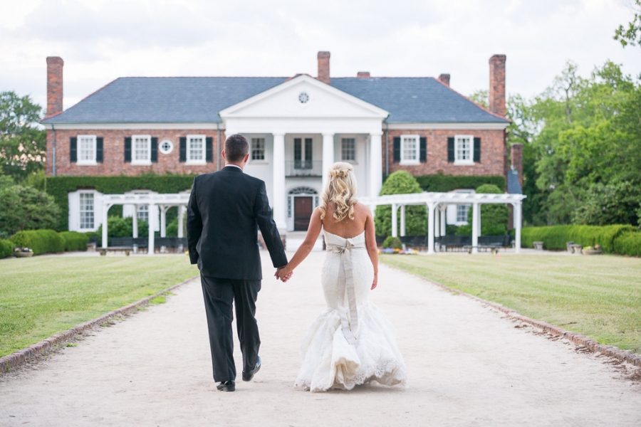 Boone-Hall-Cotton-Dock-Wedding-SabrinaFields-208-1024x683(pp_w900_h600).jpg