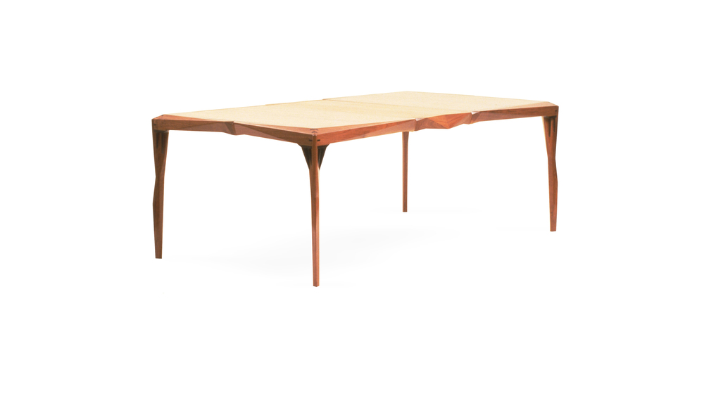wing spline dinning table