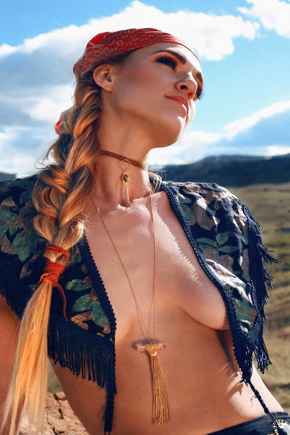 COLORADO GYPSY DREAMIN' - Photo Shoot Story shot by Alyssa Risley - IG @alyssarisley #BLUESKY #CLOUDS #EDITORIAL #JEWELRY