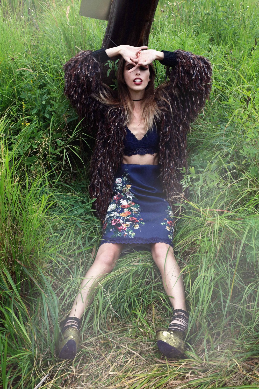 SAVANA IN EVERGREEN - Fashion Editorial Story shot in Colorado by Alyssa Risley - IG @alyssarisley #GRASS
