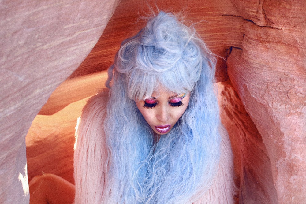 VALLEY OF FIRE - Photo ShootStory by ALYSSA RISLEY - IG @alyssarisley