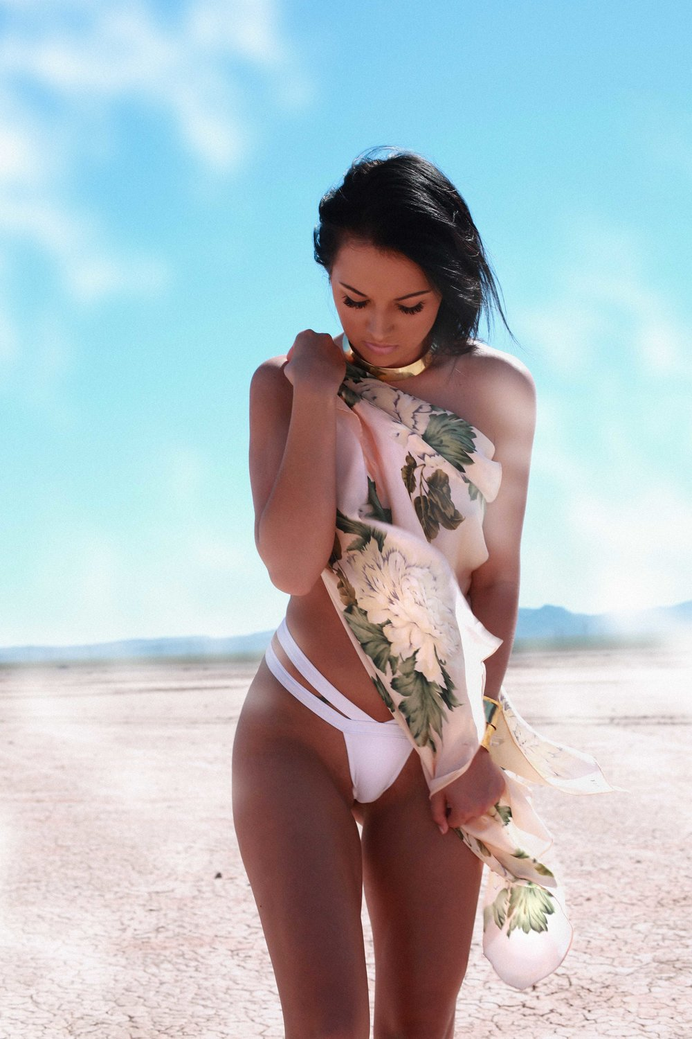 CRACKED DESERT - Dry Lake Photo Shoot Fashion Story by Alyssa Risley - IG @alyssarisley