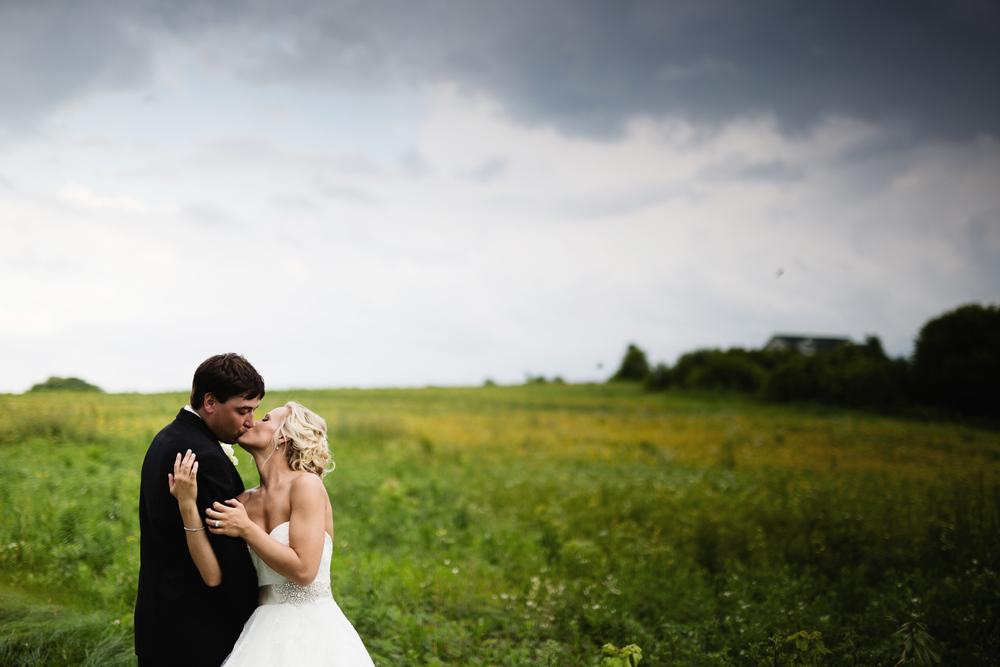 clewell minneapolis wedding photographer-2253366794290355.jpg