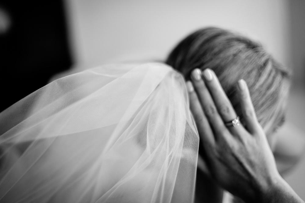 clewell minneapolis wedding photographer-2845364224146215.jpg