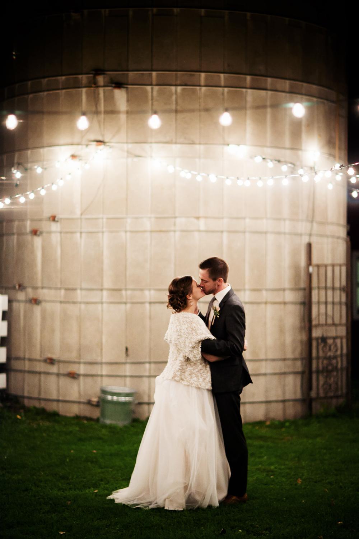 clewell minneapolis wedding photographer-2941565320872307.jpg