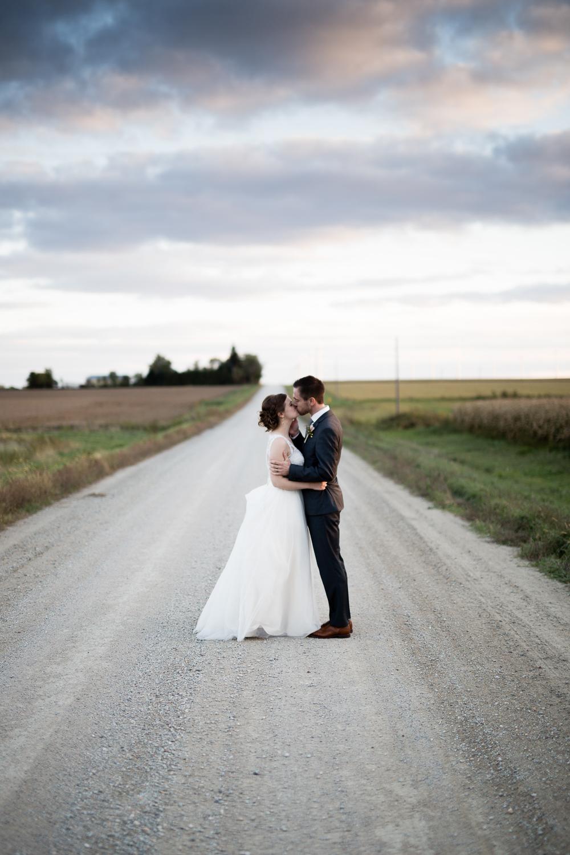 clewell minneapolis wedding photographer-3112182467028216.jpg