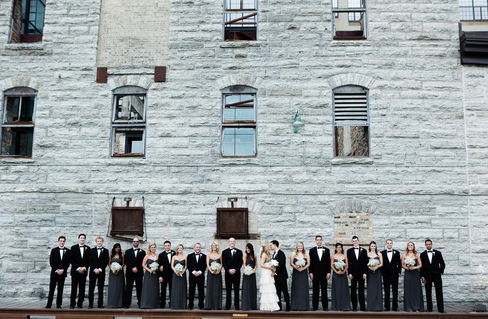 clewell minneapolis wedding photographer-12066431352291389.jpg