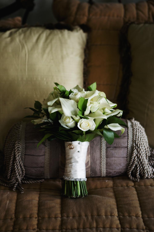 clewell minneapolis wedding photographer-23458434297444132.jpg