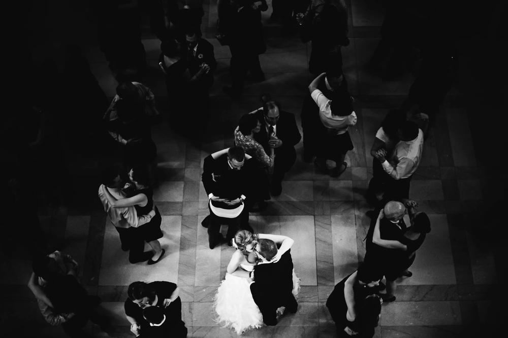 clewell minneapolis wedding photographer-33934337117216349.jpg