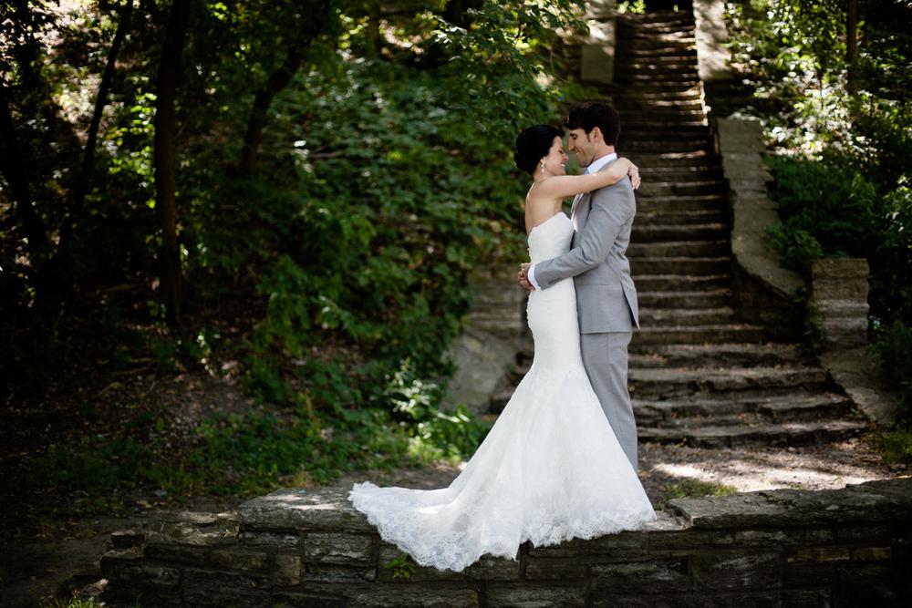 clewell minneapolis wedding photographer-95325338307449170.jpg