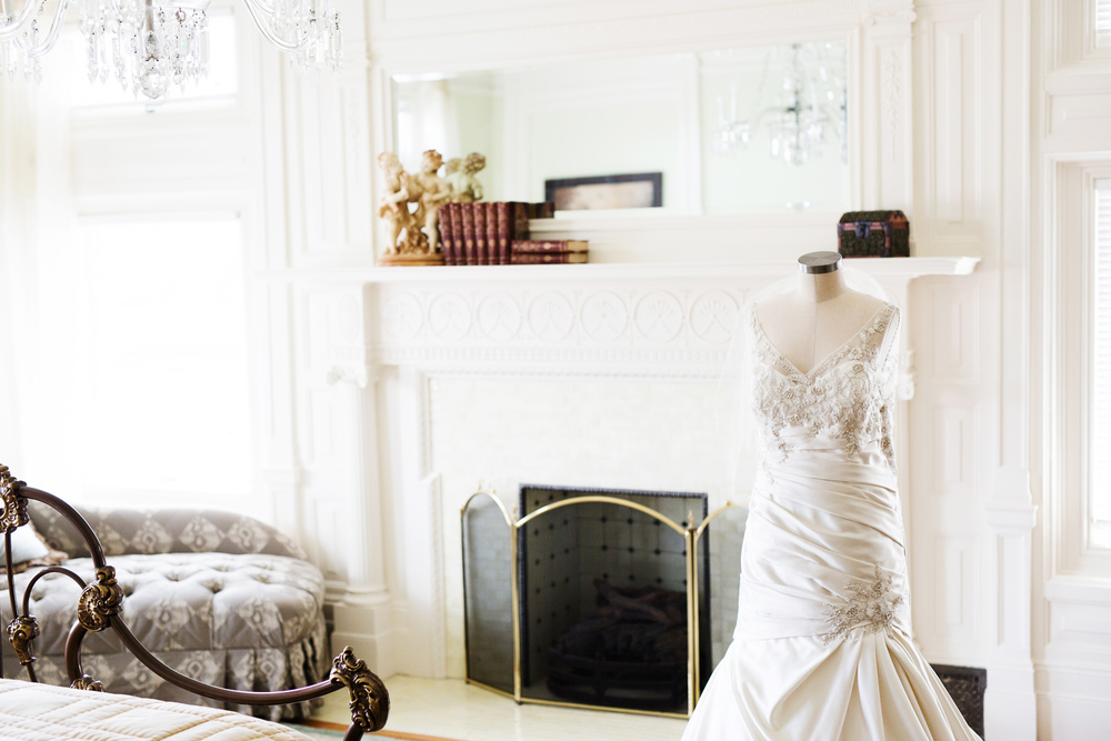 clewell minneapolis wedding photographer-226124388394117360.jpg