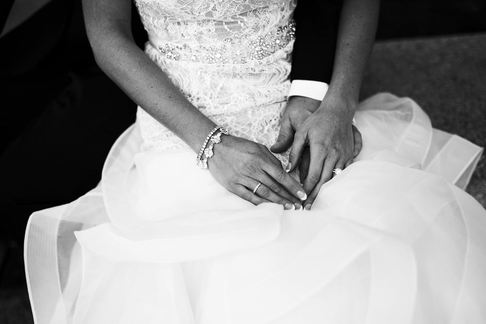 clewell minneapolis wedding photographer-288372242350332276.jpg