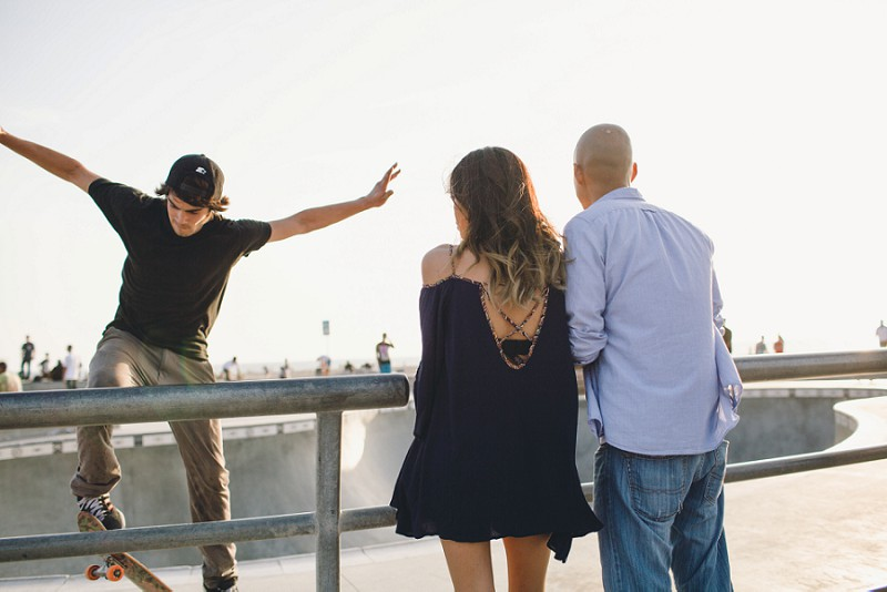 Venice_Beach_Engagement_Session_0027.jpg