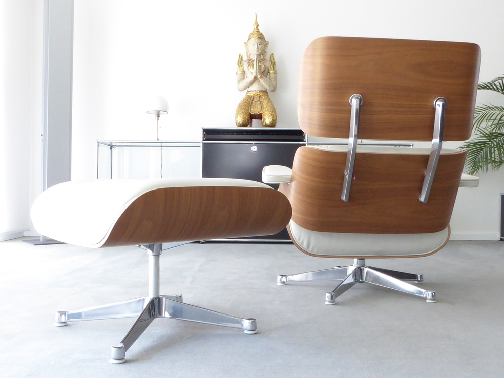 Vitra Eames Lounge Chair XL + Ottomane, Nussbaum, Prem. Leder Snow, Top!
