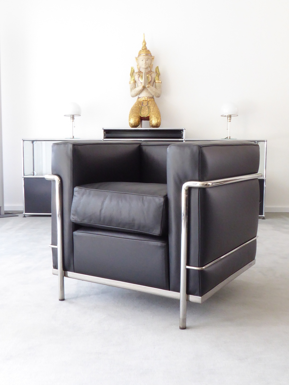 cassina le corbusier lc2 sessel lcx leder schwarz top. Black Bedroom Furniture Sets. Home Design Ideas