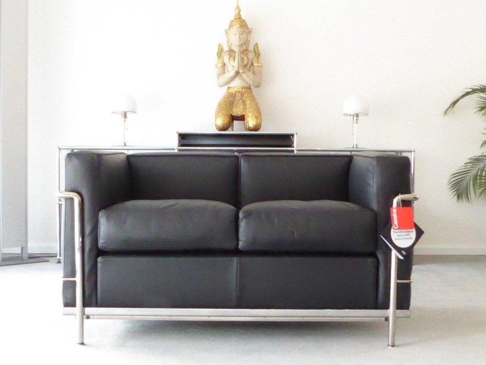 Cassina Le Corbusier LC2, 2-Sitzer, Leder schwarz, Top! — furniture4life