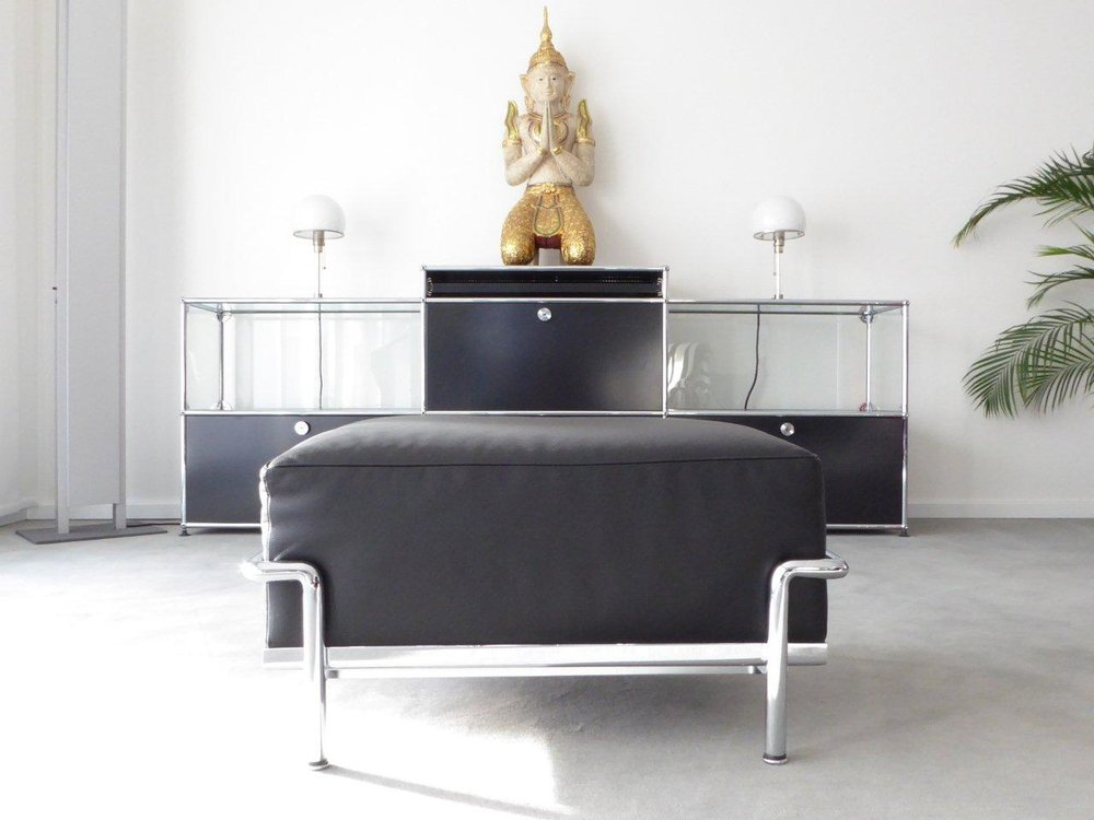 Cassina Le Corbusier LC2 LC3 Hocker, Leder schwarz, Top ...