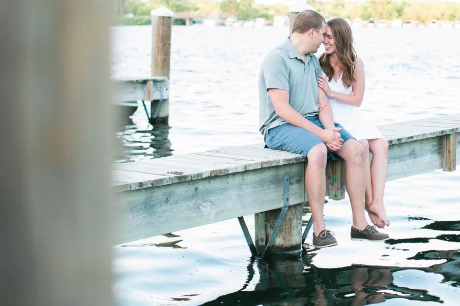 Excelsior-Minnesota-Lake-Engagement-1.jpg
