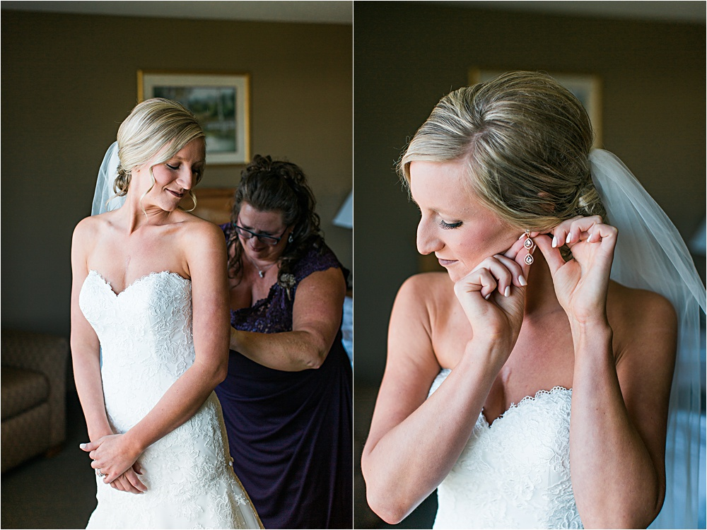 Bride getting ready with mom at Minnesota summer wedding