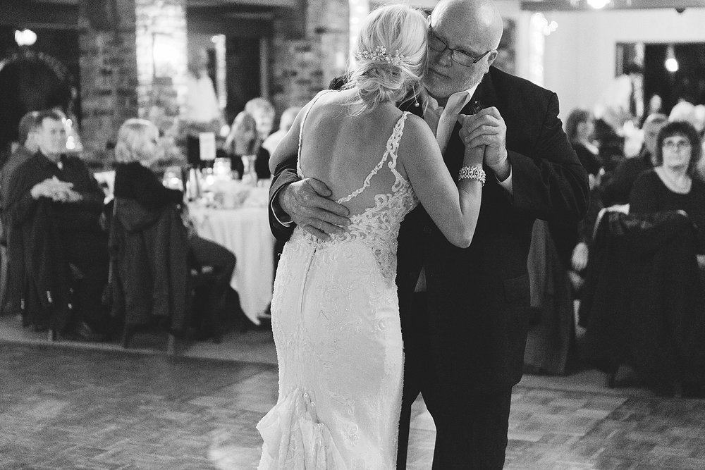 Father daughter dance at the Chart House Summer Wedding Lakeville Minnesota Minneapolis Wedding Photographer Mallory Kiesow