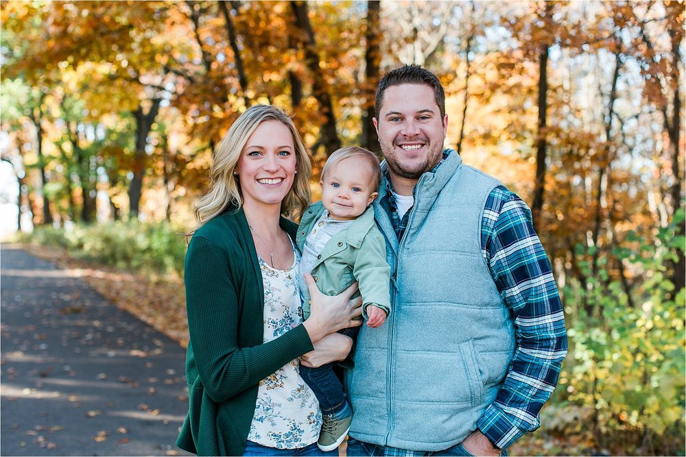 Minneapoils Family Photographer Long Lake Park New Brighton Fall Family Photos Mallory Kiesow-9.jpg