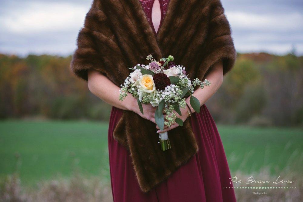 Thebrasslens.deperephotographer.greenbayfamilyphotographer.greenbayphotography.reasonablephotographeringreenbaby.hoppelyeverafter.gbpetalpushers.weddingflowers.