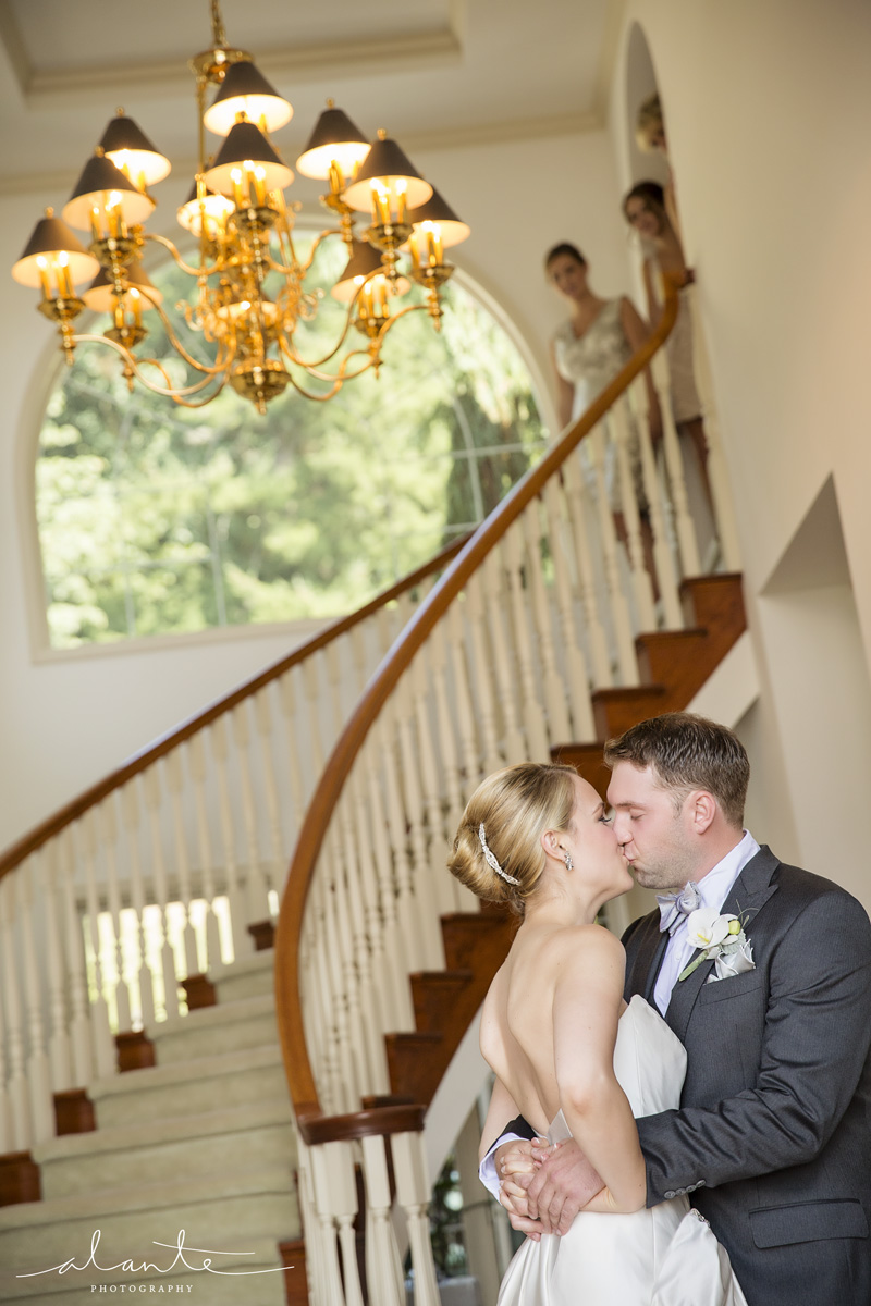Woodinville Wedding at Vintner's Door by Alante Photography | Event Success