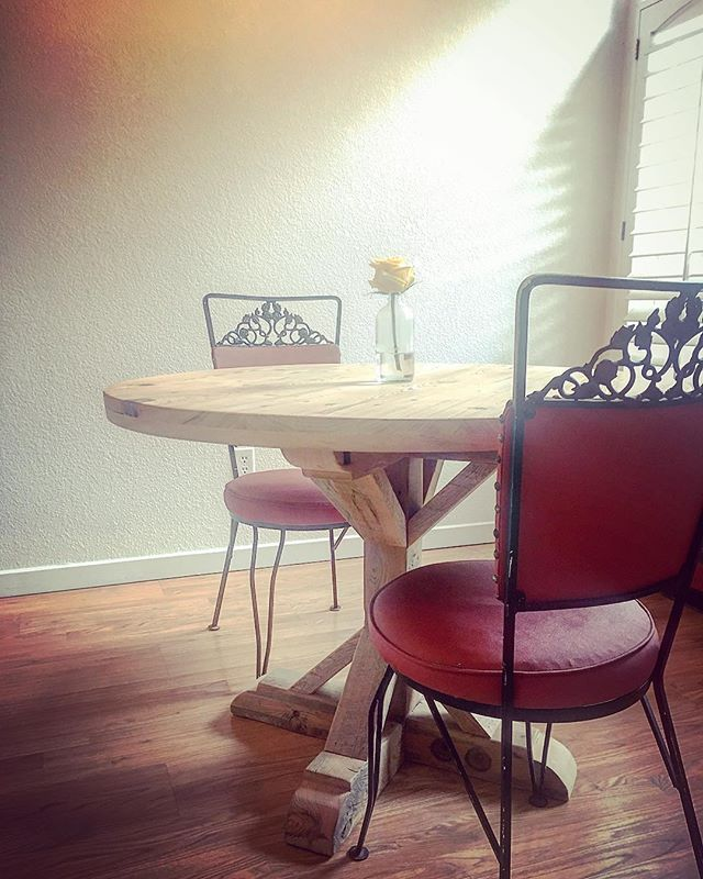 #diningtable #cypress #roundtable #aplacetogather #diningroomdecor #handmade #design #interiordesign #custom #reclaimedwood #reclaimed #salvagedwood #barnwood #dowoodworking #distressed #oldwood #woodworking #denver #colorado #5280 #madetomake