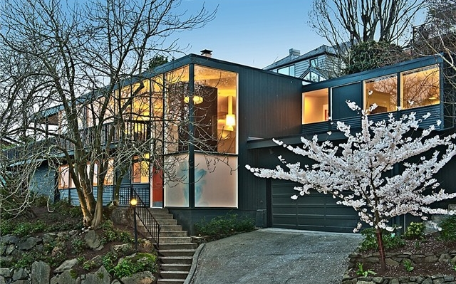 51st Avenue NE | Seattle  Sold for $1,690,000   Represented the Seller