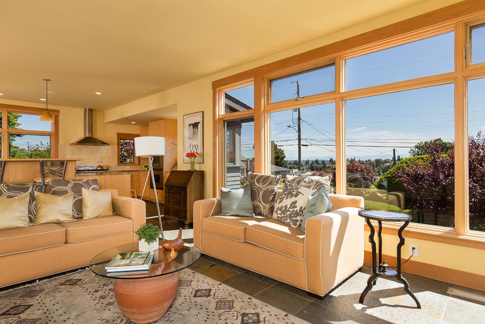 33 living room 1-2.jpg